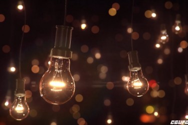 C4D使用Octane Render和After Effects渲染发光的灯泡教程 Cinema 4D Tutorial – Light Bulb in Octane Render and After Effects