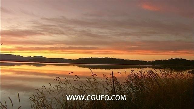 1692夕阳下的自然风光5(湖面大景)高清视频素材