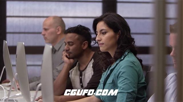 2342-4K人物生活商务企业办公会议操作平板电脑工作高清视频实拍