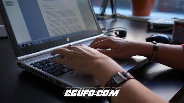 2672-办公人员敲击笔记本键盘记录编写策划文章高清实拍视频素材