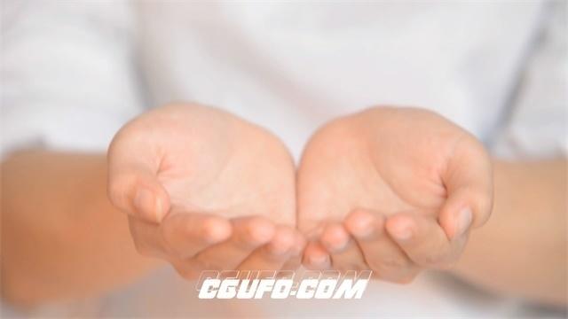 2725-双手缓慢向上举起白衣护士唤醒生命希望高清实拍视频素材