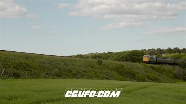 2759-郊区草原轨道上火车行驶过程交通工具乡村唯美画面高清实拍视频素材