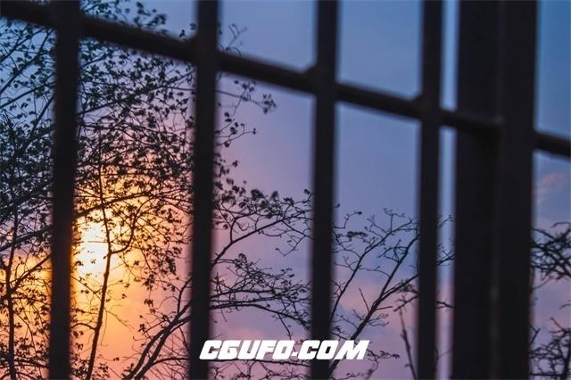 3044-日落黄昏太阳西沉消逝天色骤变窗外景色变化延时记录高清视频拍摄